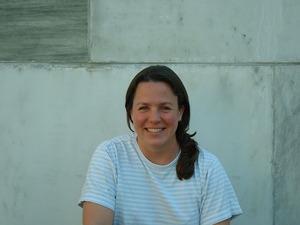 Dr. Anne Riederer